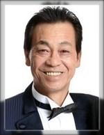 清水アキラの3息子は長男パイロット、次男社長、三男俳優!